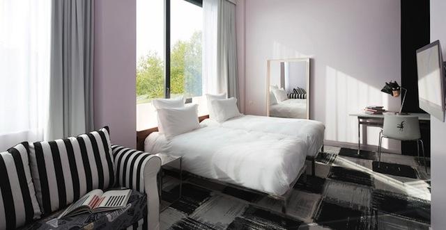Chambre hôtel design Bordeaux Mama Shelter