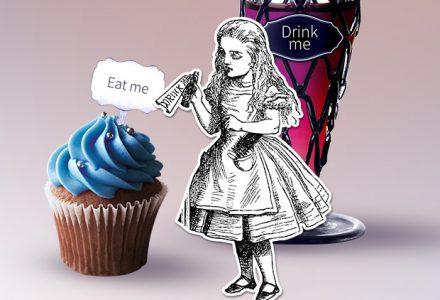 Alice teste avec eat me drink me