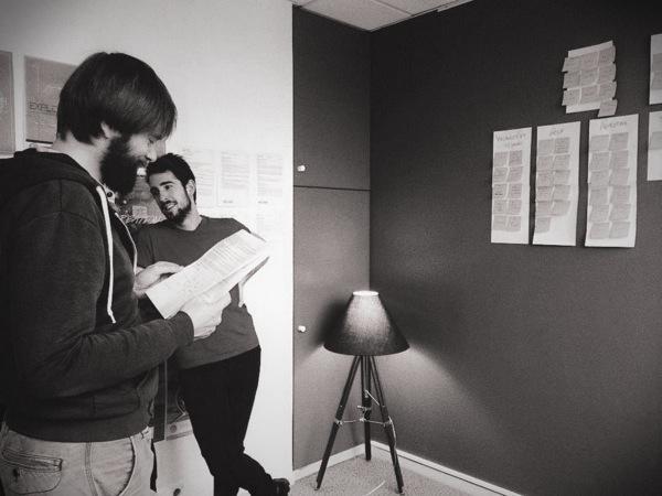 Designers chez LunaWeb en phase de conception UX