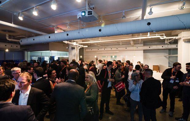 Lors d'un 5 à 7, Agence LunaWeb et l'eco-systeme Quebecois du numérique