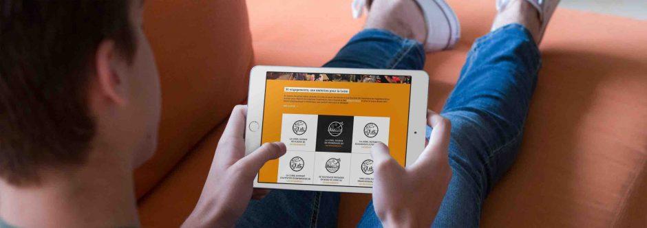 Site tablette conçu en responsive design pour Le Grand Débat, 30 engagements pour la Loire par l'Agence LunaWeb à Rennes