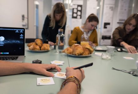 Chefs de projets en cours de co-conception UX chez LunaWeb