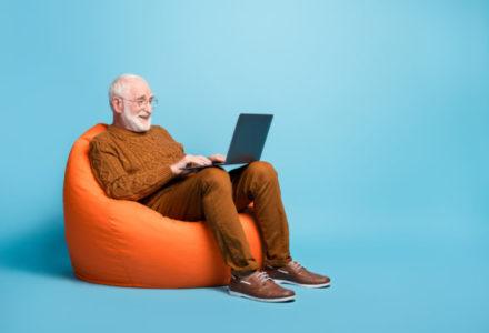 L'usage du net par les seniors, au-delà des préjugés.